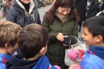Les scouts de Pékin vendent nos pommes!